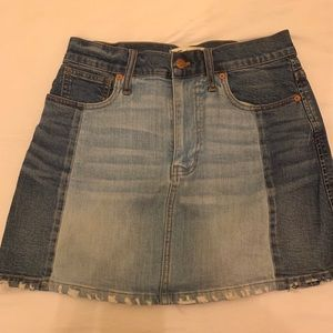 Barely worn madewell jean skirt size 27